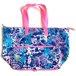 Lilly Pulitzer 'Hit the Spot' Getaway Packable Bag